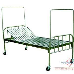 giường có bánh xe