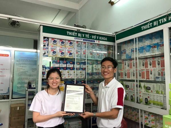 vinabook nhận giấy chứng nhận omron